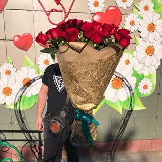 """Ромашка, цветочный магазин. Степногорск, 3 мкр пристройки перед ТЦ""""Армонд"""""""